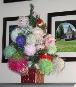 Deborah's Knitted Christmas Ornaments