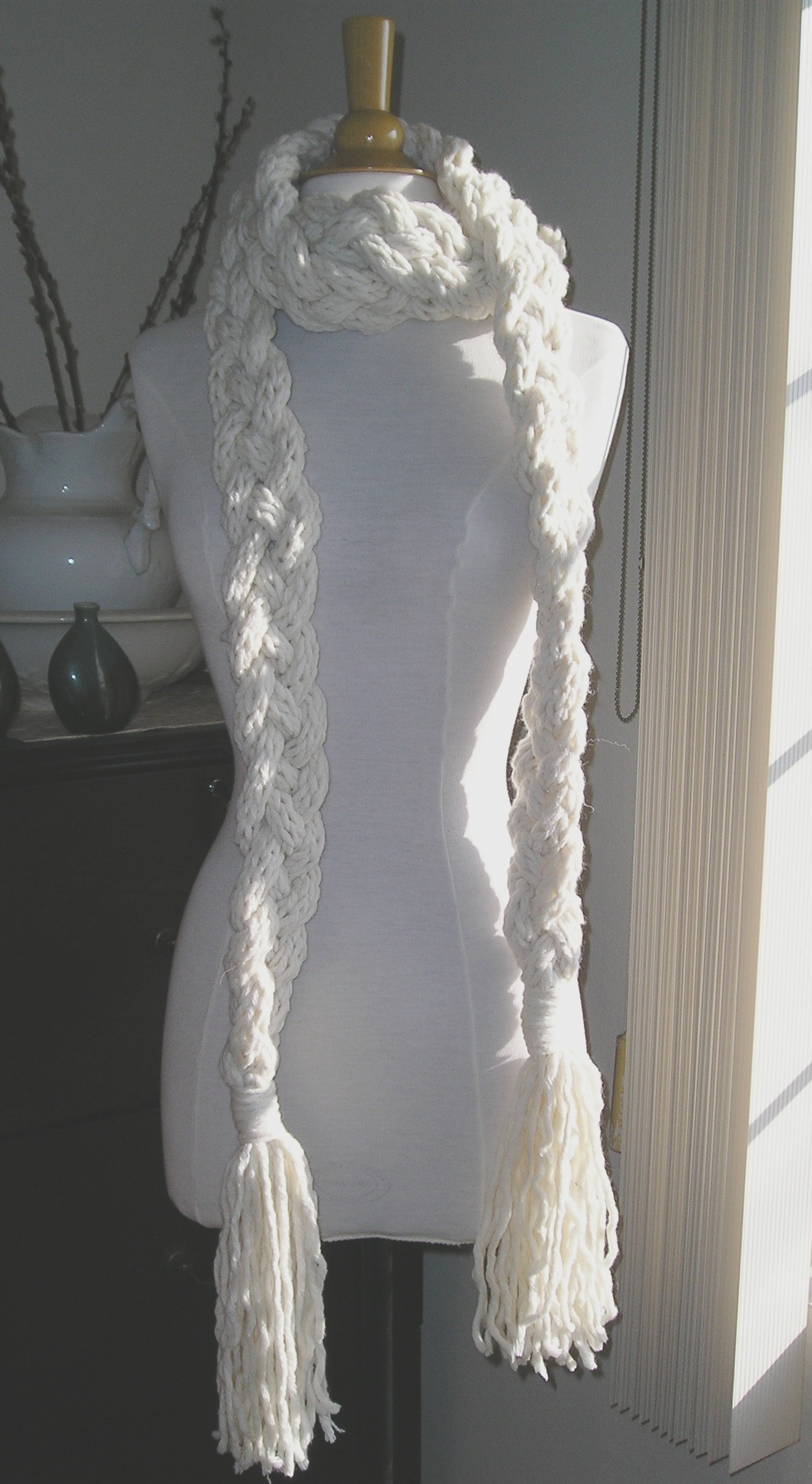 Rapunzel Infinity Scarf Crochet Pattern Free : Crochet Braided Rapunzel Scarf Pattern Share The Knownledge