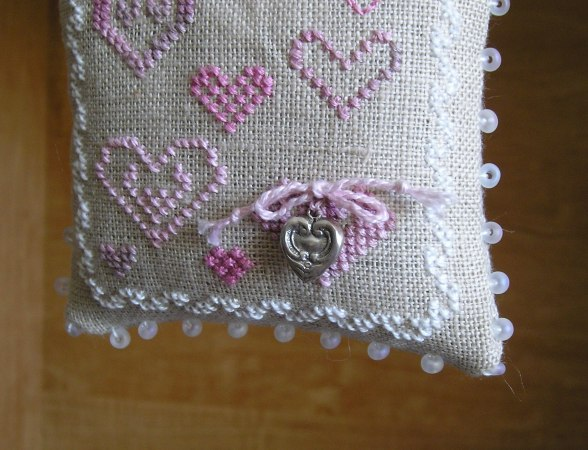 Antique Hearts Close-up