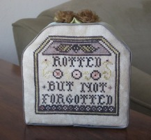 Craft Month Rotted but not Forgotted 001